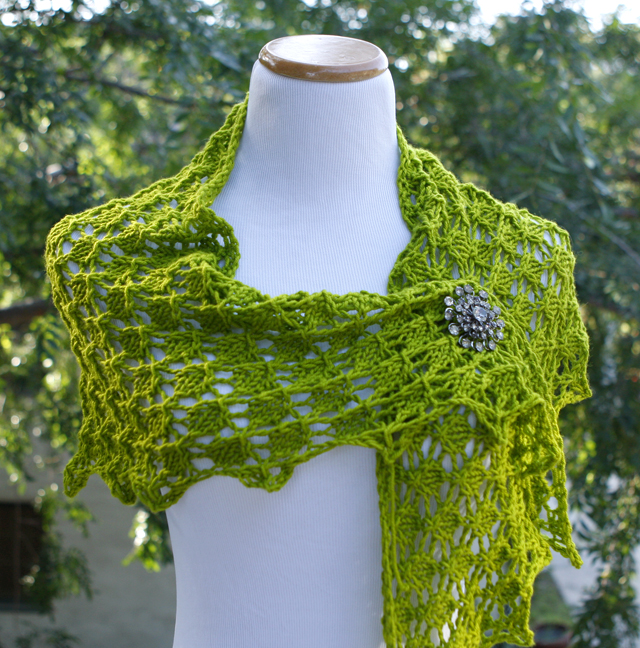 Enkindled Spring knit in Baah Shasta - Tequilla lime colorway. Available on Ravelry.